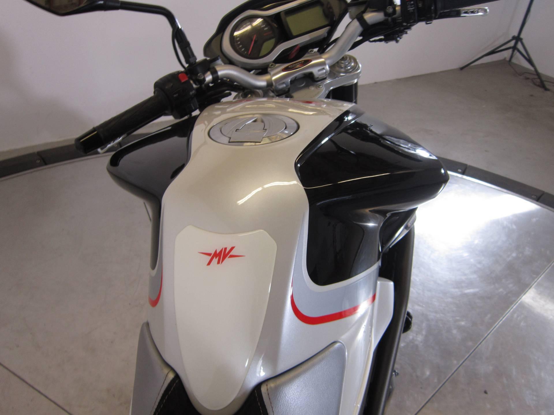 2010 MV Agusta Brutale 1090RR 11