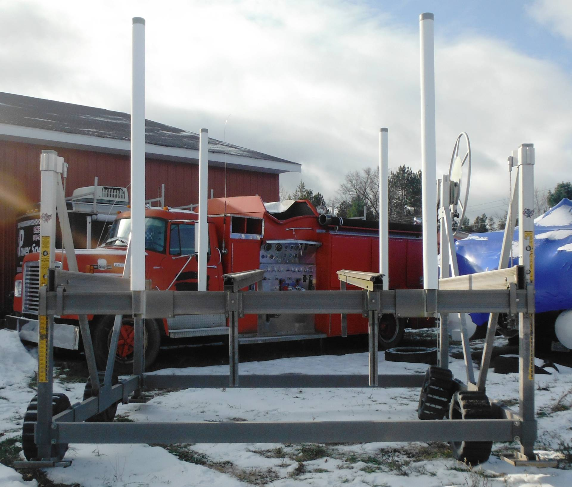 FLOE INTERNATIONAL Vertical Hoist in Saint Helen, Michigan - Photo 3