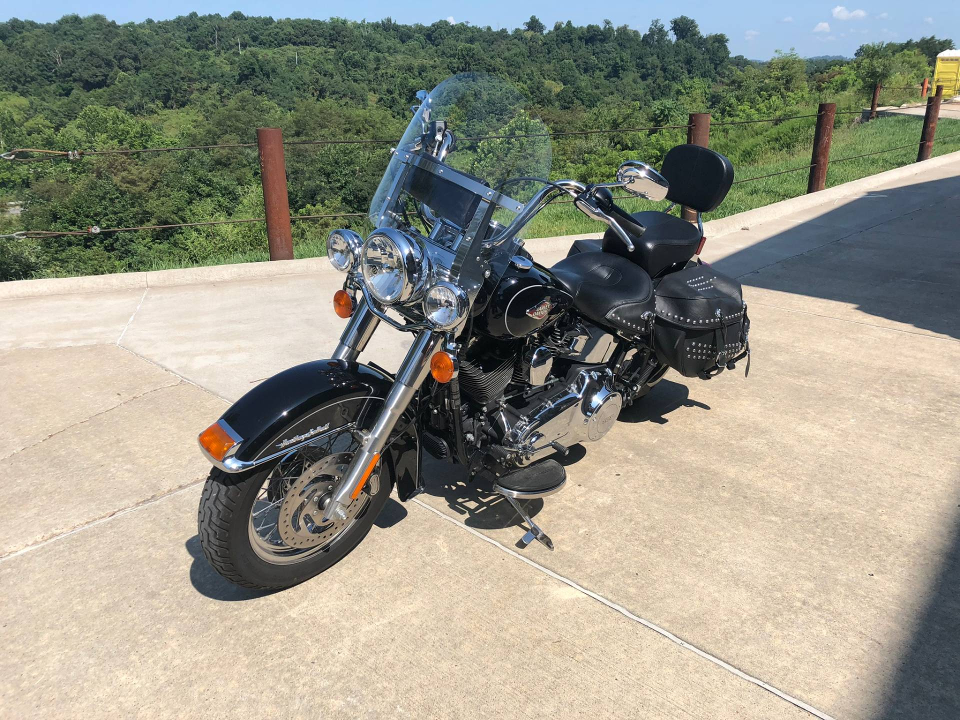 2015 Harley-Davidson Heritage Softail® Classic in Williamstown, West Virginia - Photo 4