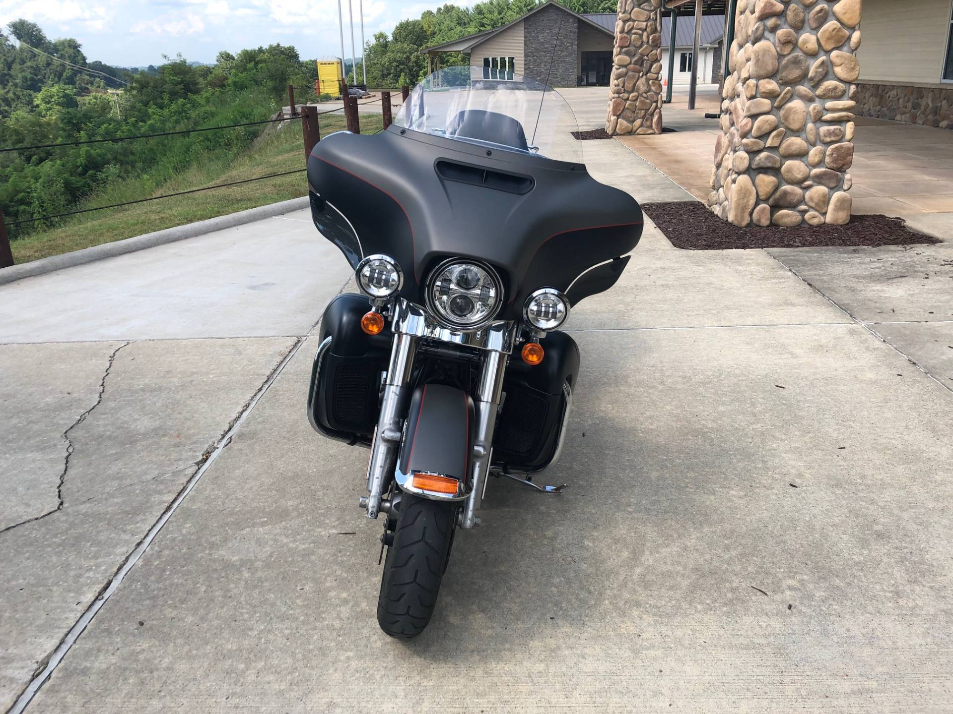 2018 Harley-Davidson Ultra Limited in Williamstown, West Virginia - Photo 3