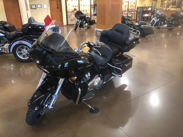2020 Harley-Davidson Road Glide® Limited in Williamstown, West Virginia - Photo 4