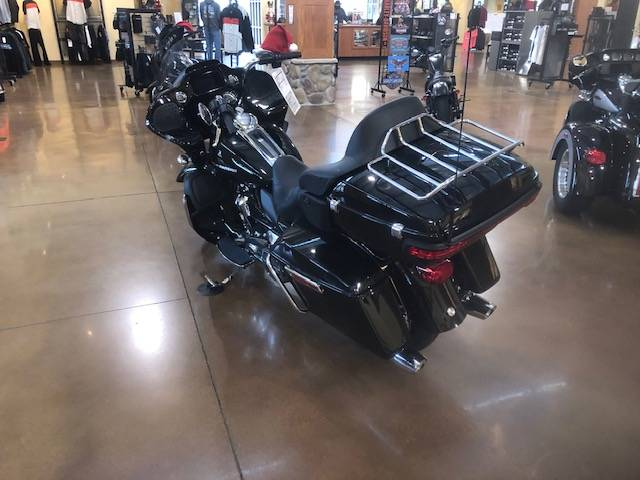 2020 Harley-Davidson Road Glide® Limited in Williamstown, West Virginia - Photo 6