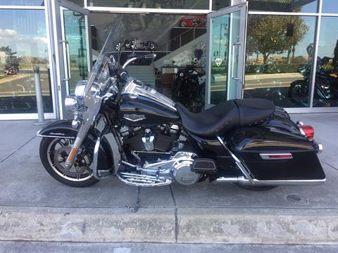 2018 HARLEY DAVIDSON ROAD KING in Dublin, California