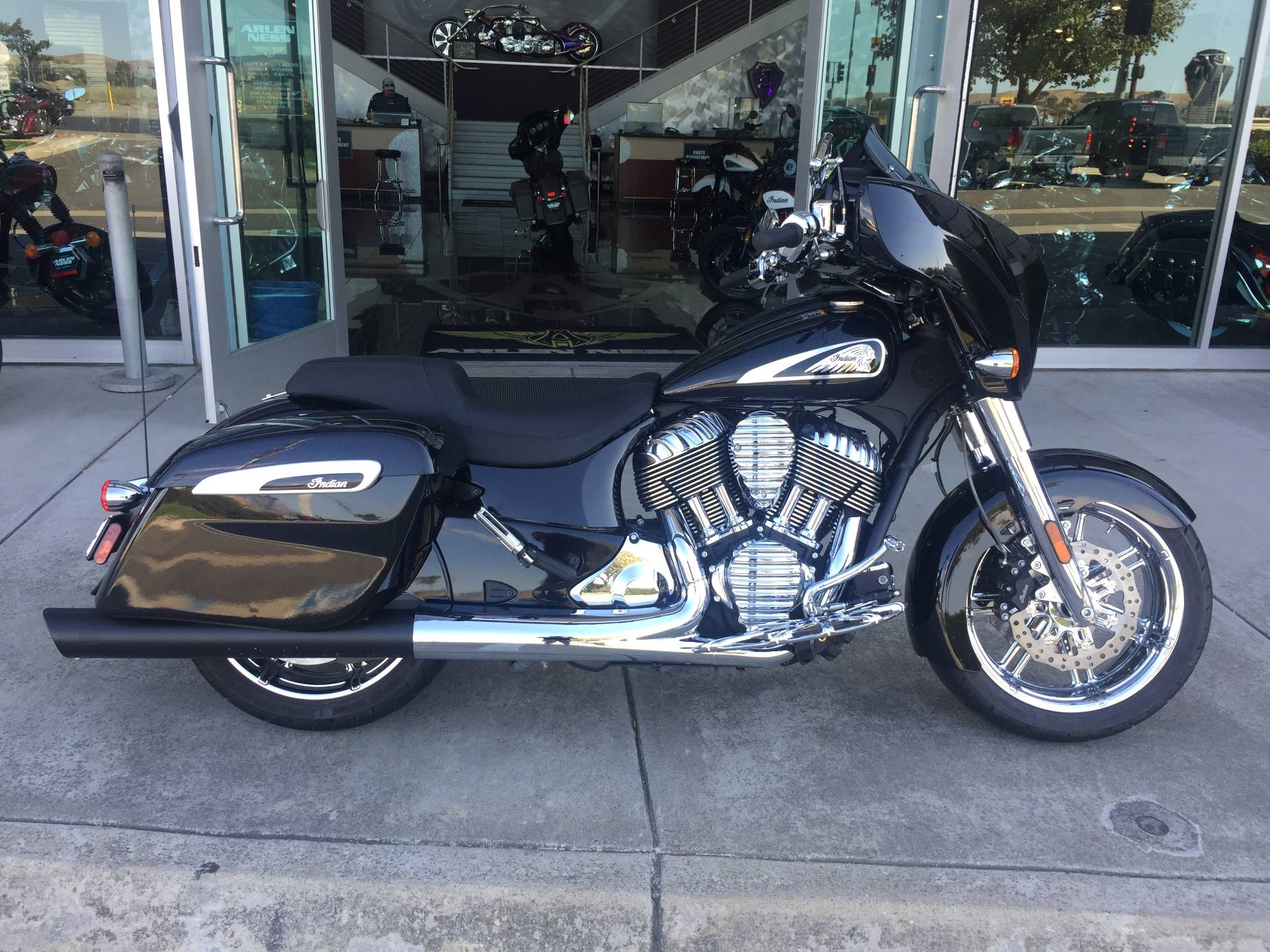 2019 Indian CHIEFTAIN LIMITED in Dublin, California - Photo 3