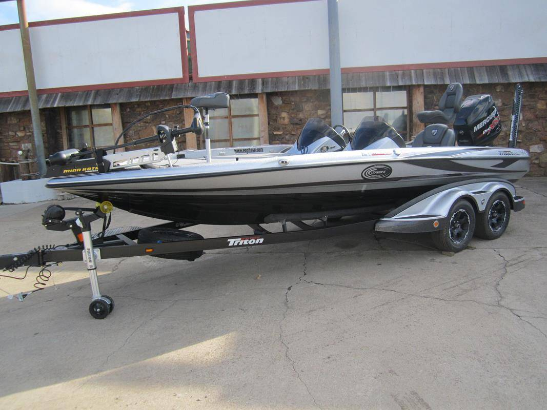 2017 Triton 21TRX Patriot in Fort Smith, Arkansas