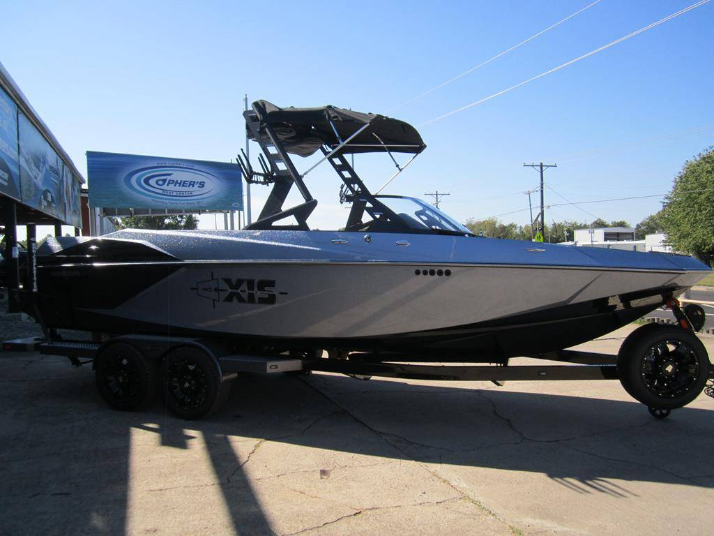 2018 Axis A24 in Fort Smith, Arkansas