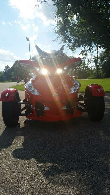 2012 Can-Am Spyder® RT-S SE5 in De Forest, Wisconsin