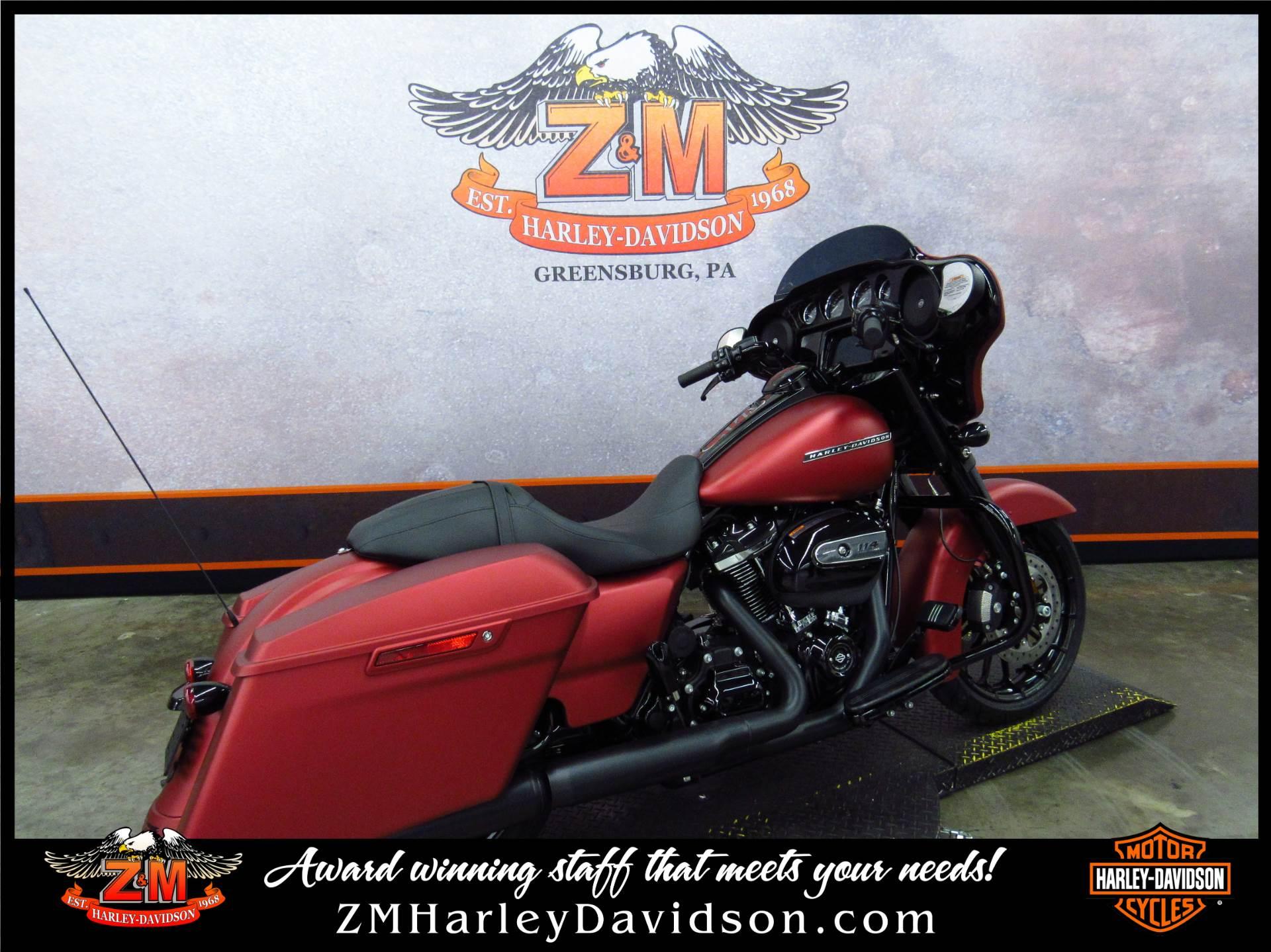 2019 Harley-Davidson Street Glide Special 3