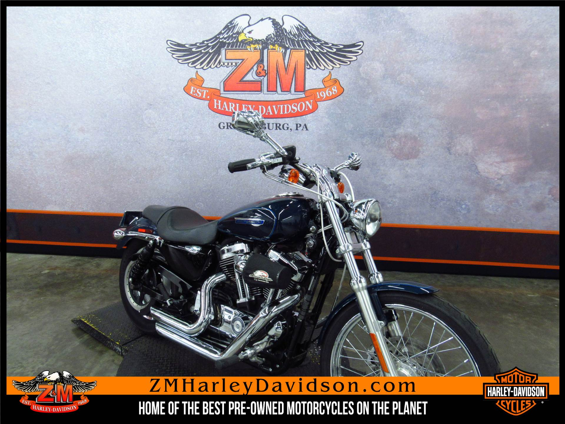 2009 Harley-Davidson Sportster® 1200 Custom in Greensburg, Pennsylvania - Photo 2