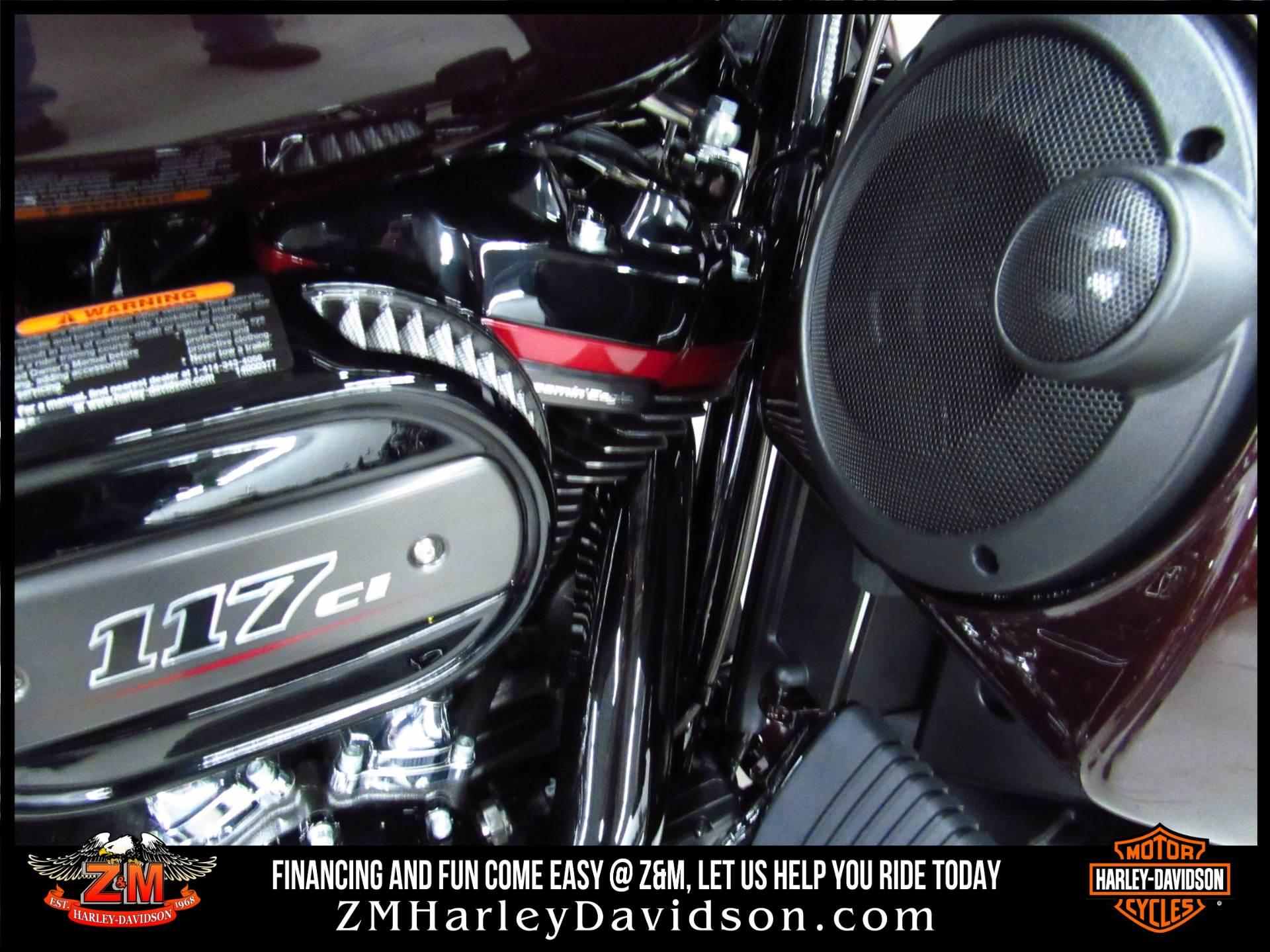 2019 Harley-Davidson CVO Street Glide 4