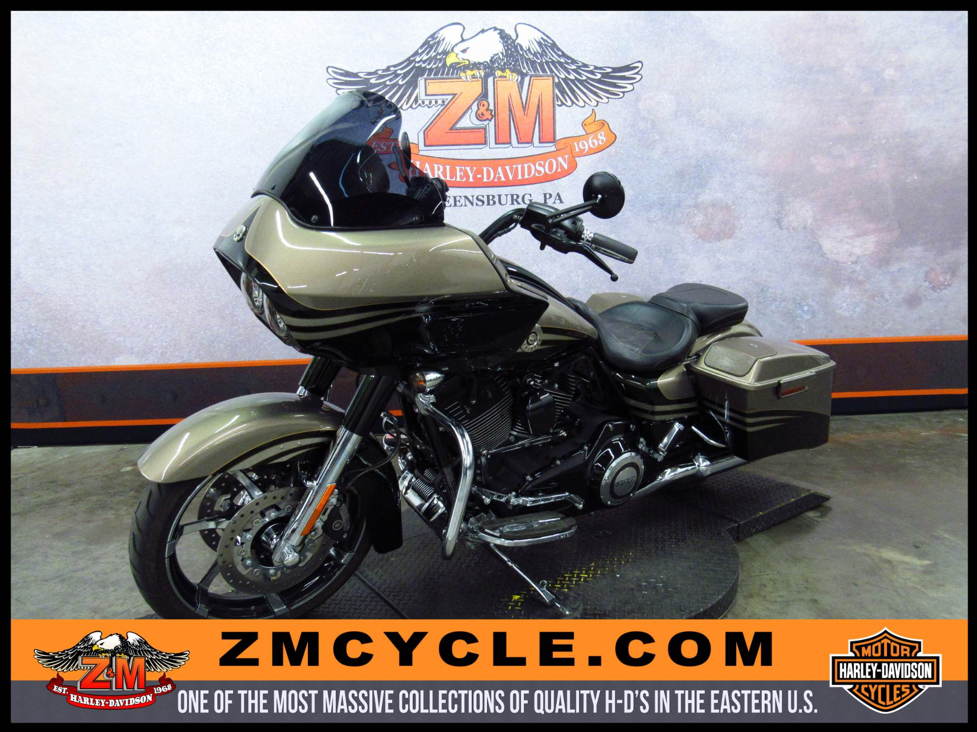 2013 Harley-Davidson CVO™ Road Glide® Custom in Greensburg, Pennsylvania