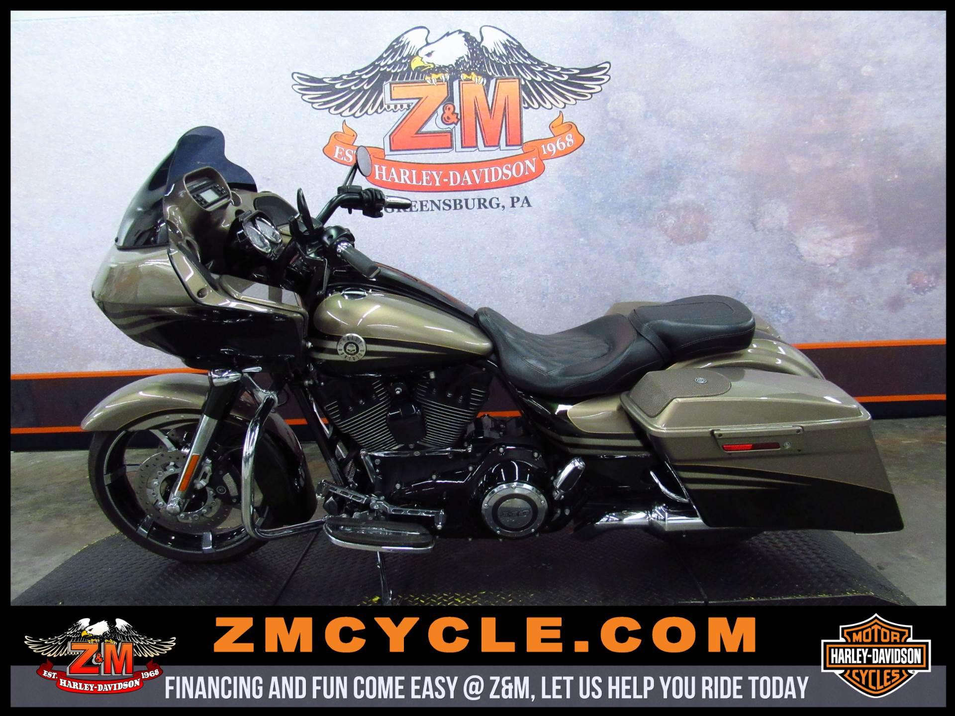 2013 Harley-Davidson CVO Road Glide Custom 4