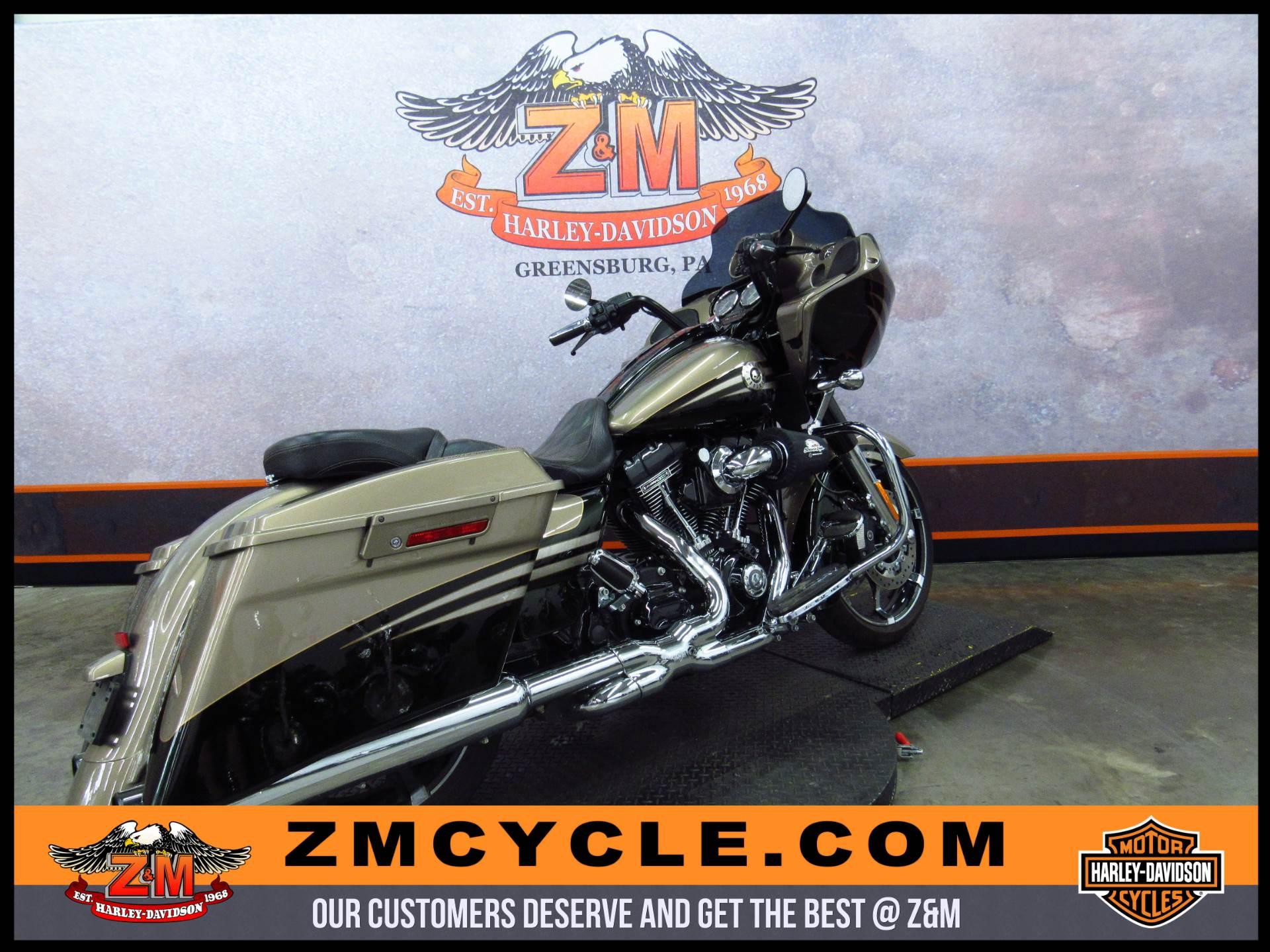 2013 Harley-Davidson CVO Road Glide Custom 3