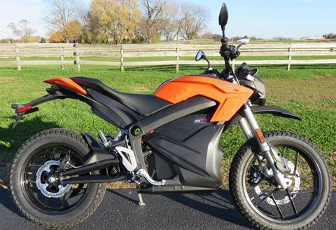 2017 Zero Motorcycles DS POWER TANK ! in Marengo, Illinois