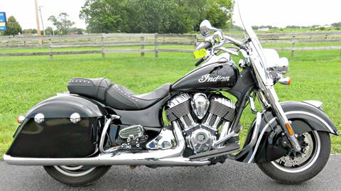 2016 Indian Springfield™ in Marengo, Illinois