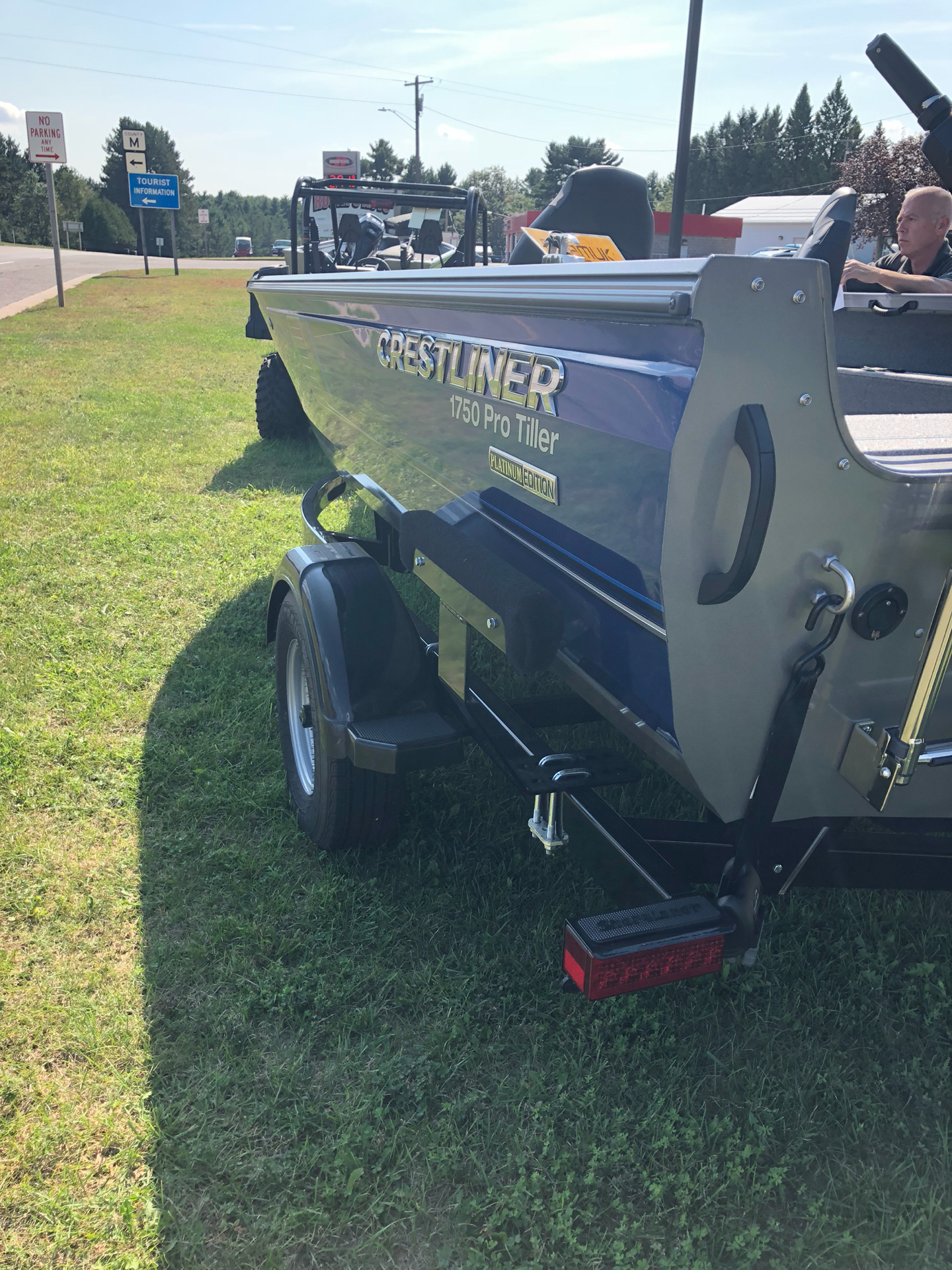 2018 Crestliner 1750 Pro Tiller in Cable, Wisconsin