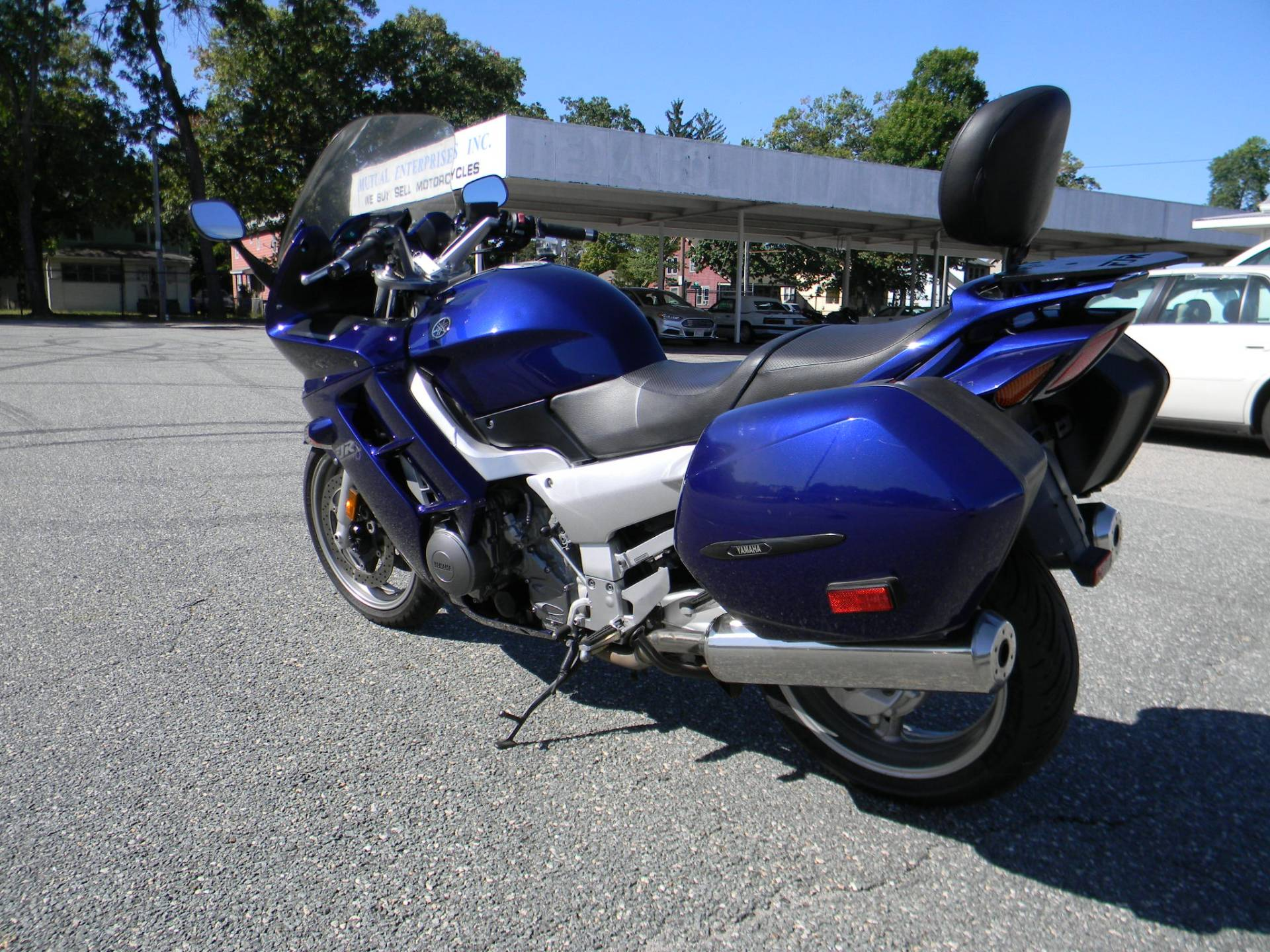 2005 Yamaha FJR1300 ABS in Springfield, Massachusetts - Photo 8