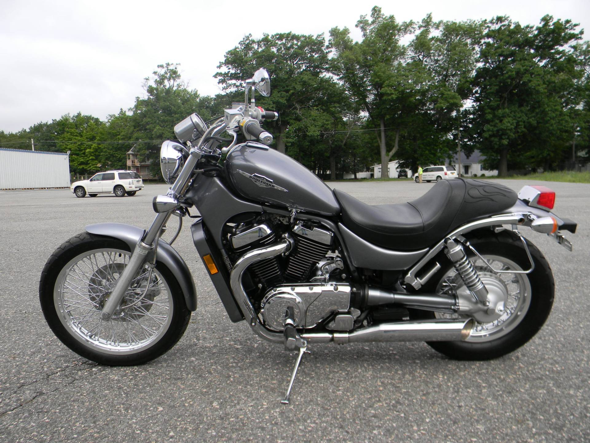 2005 Suzuki Boulevard S50 in Springfield, Massachusetts - Photo 6