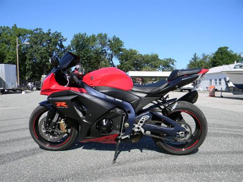 2013 Suzuki GSX-R1000™ in Springfield, Massachusetts - Photo 6