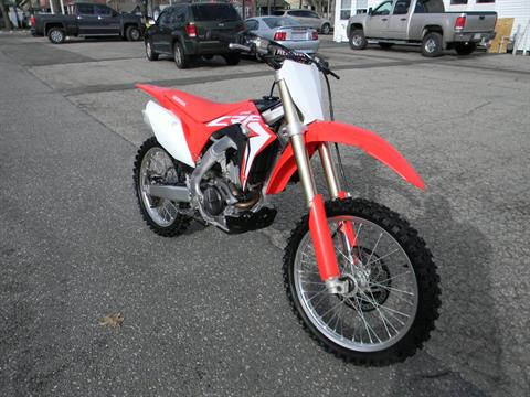2018 Honda CRF250R in Springfield, Massachusetts - Photo 2