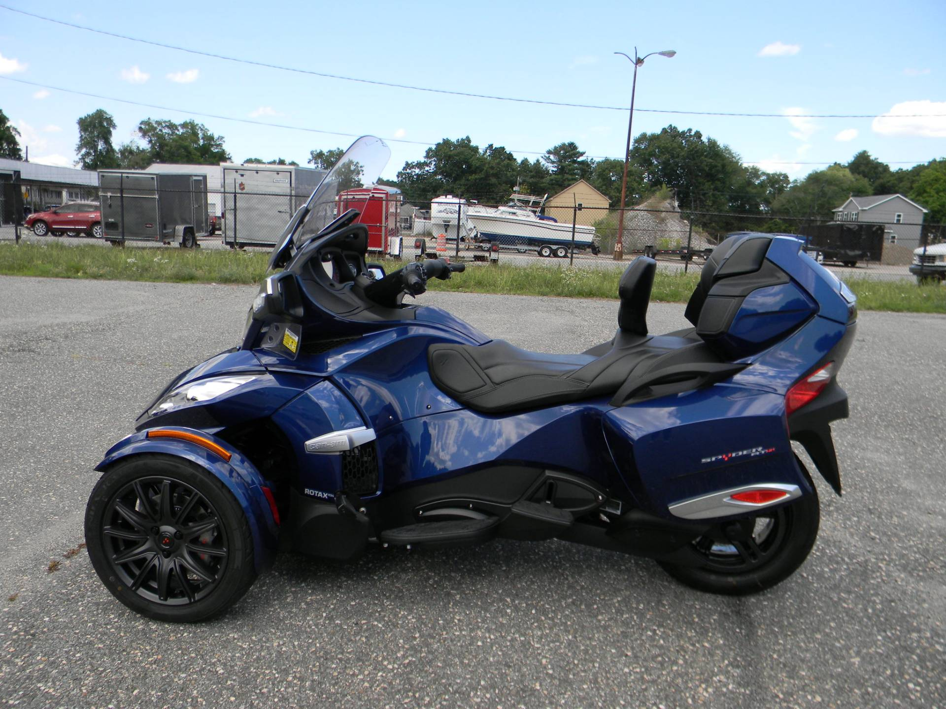 2016 Can-Am Spyder RT-S SE6 in Springfield, Massachusetts - Photo 11
