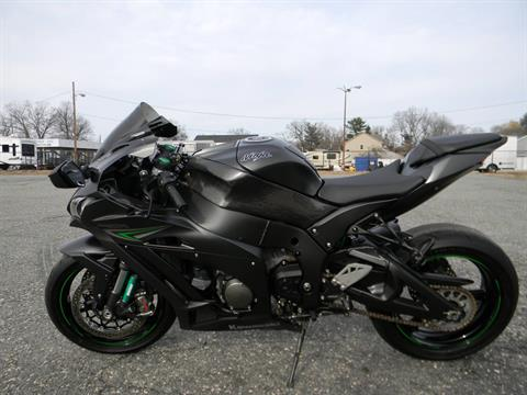 2016 Kawasaki Ninja ZX-10R in Springfield, Massachusetts - Photo 6