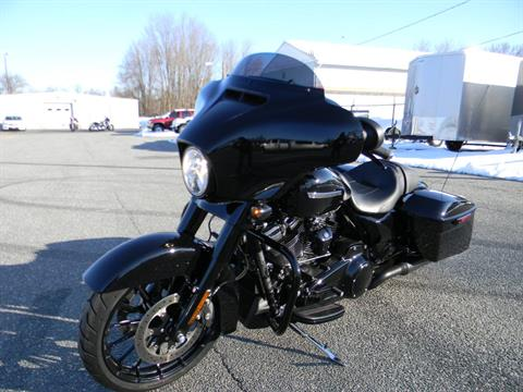 2018 Harley-Davidson Street Glide® Special in Springfield, Massachusetts