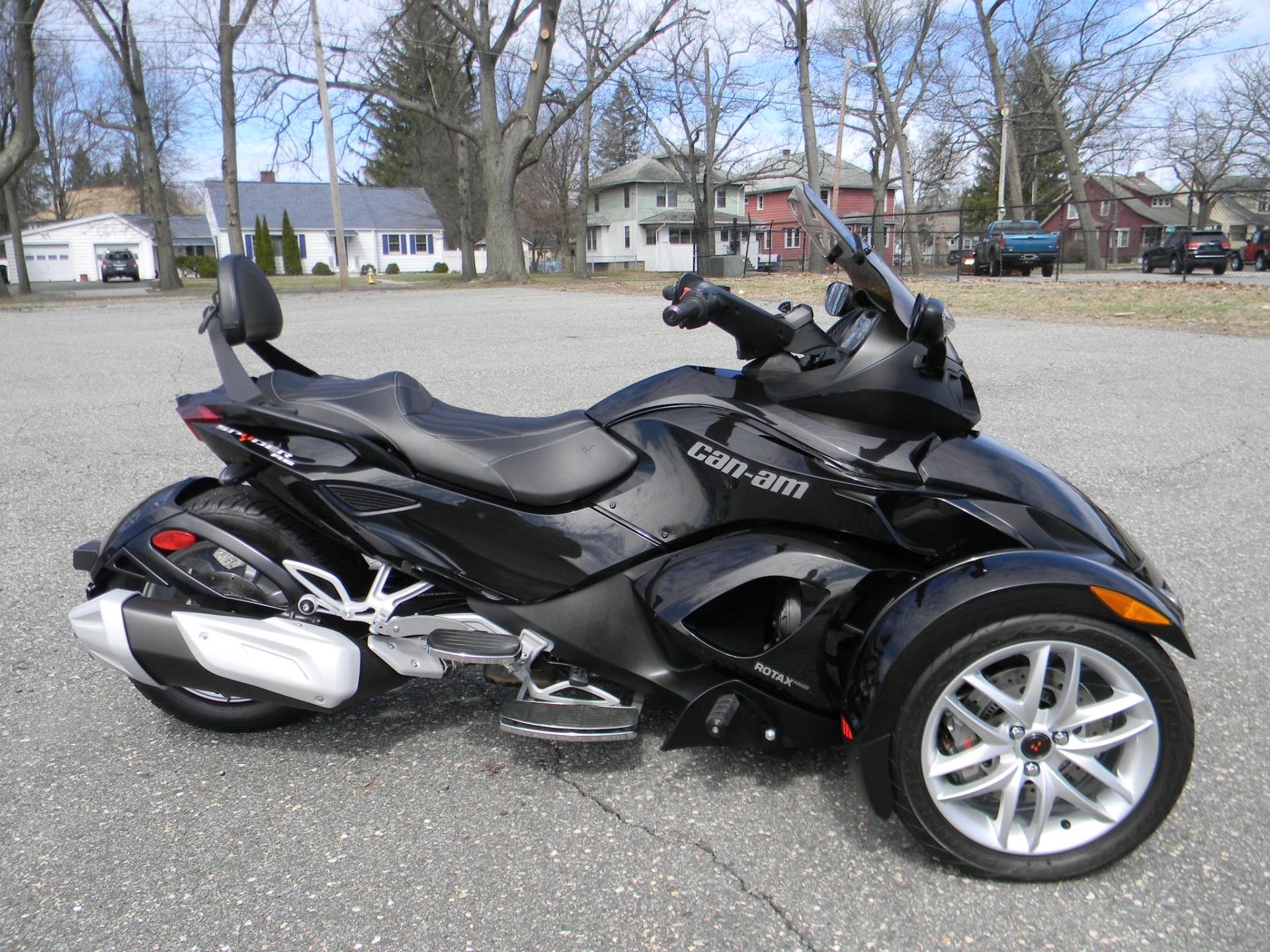 2015 Can-Am Spyder® RS SM5 in Springfield, Massachusetts - Photo 1