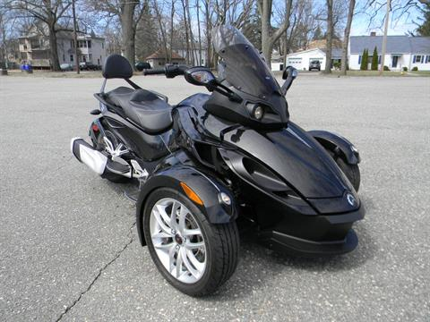 2015 Can-Am Spyder® RS SM5 in Springfield, Massachusetts - Photo 2