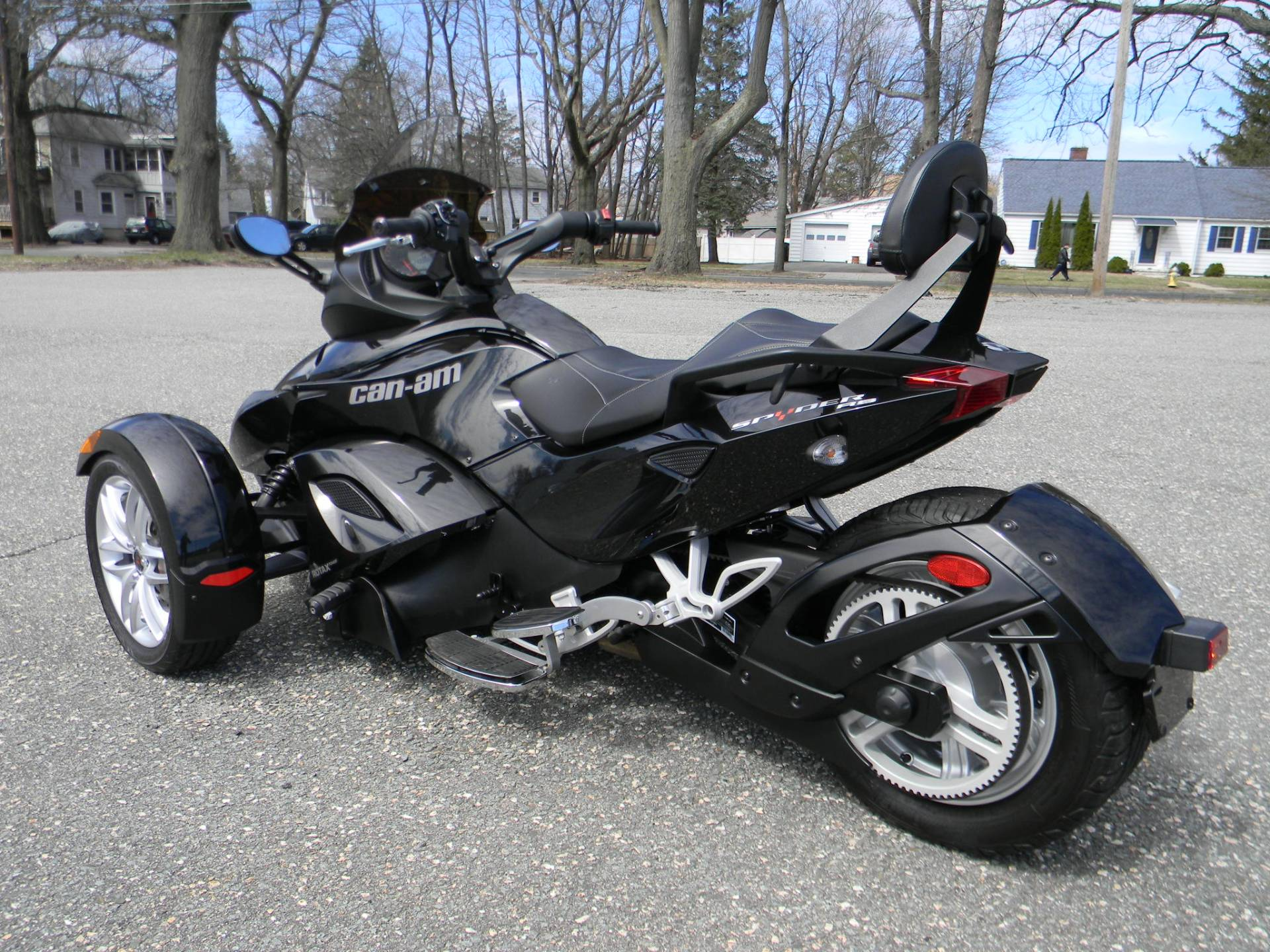 2015 Can-Am Spyder® RS SM5 in Springfield, Massachusetts - Photo 8