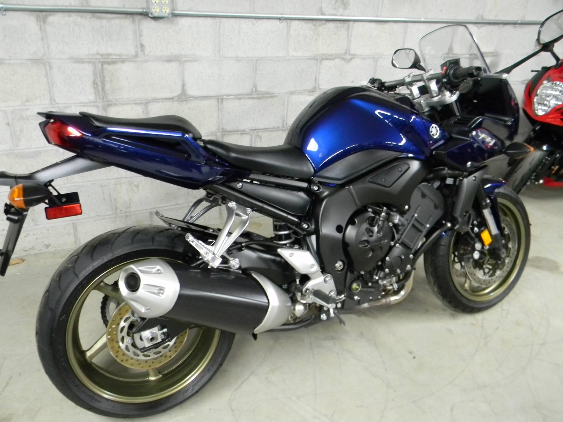 2009 Yamaha FZ1 3