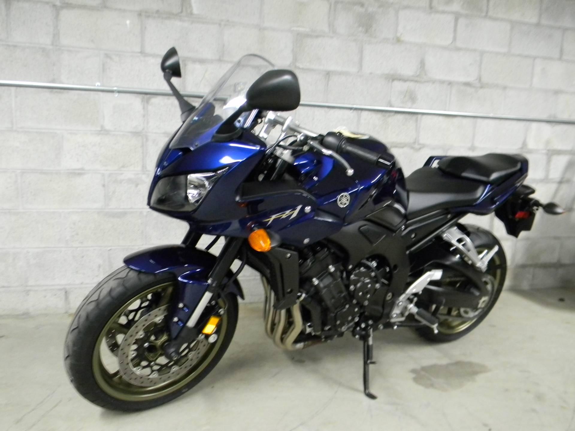 2009 Yamaha FZ1 4