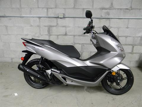 2016 Honda PCX150 in Springfield, Massachusetts
