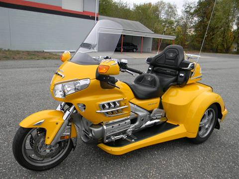 2010 Honda Gold Wing® Airbag in Springfield, Massachusetts