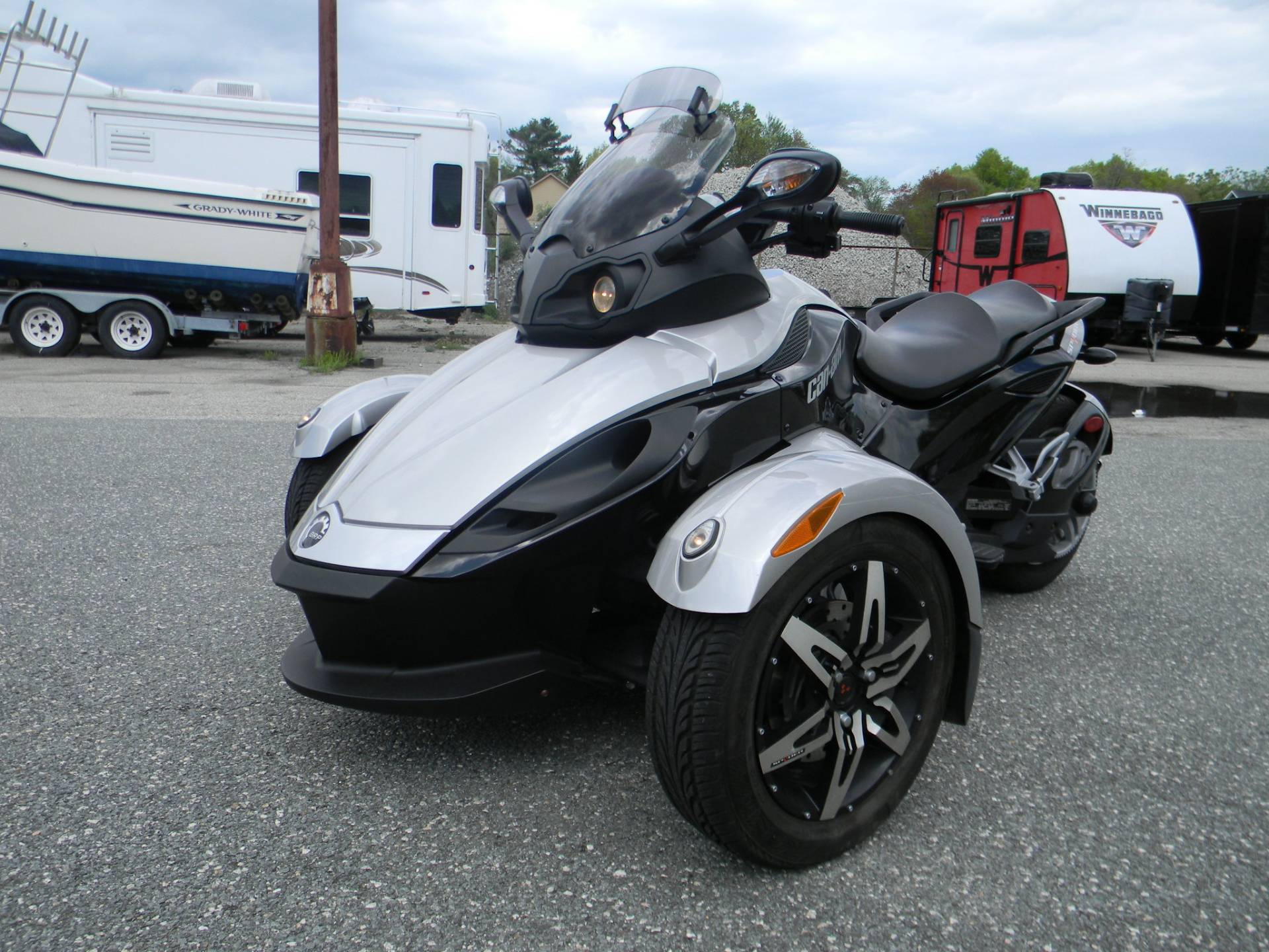 2008 Can-Am Spyder™ GS SE5 in Springfield, Massachusetts - Photo 4