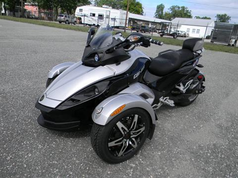 2008 Can-Am Spyder™ GS SE5 in Springfield, Massachusetts