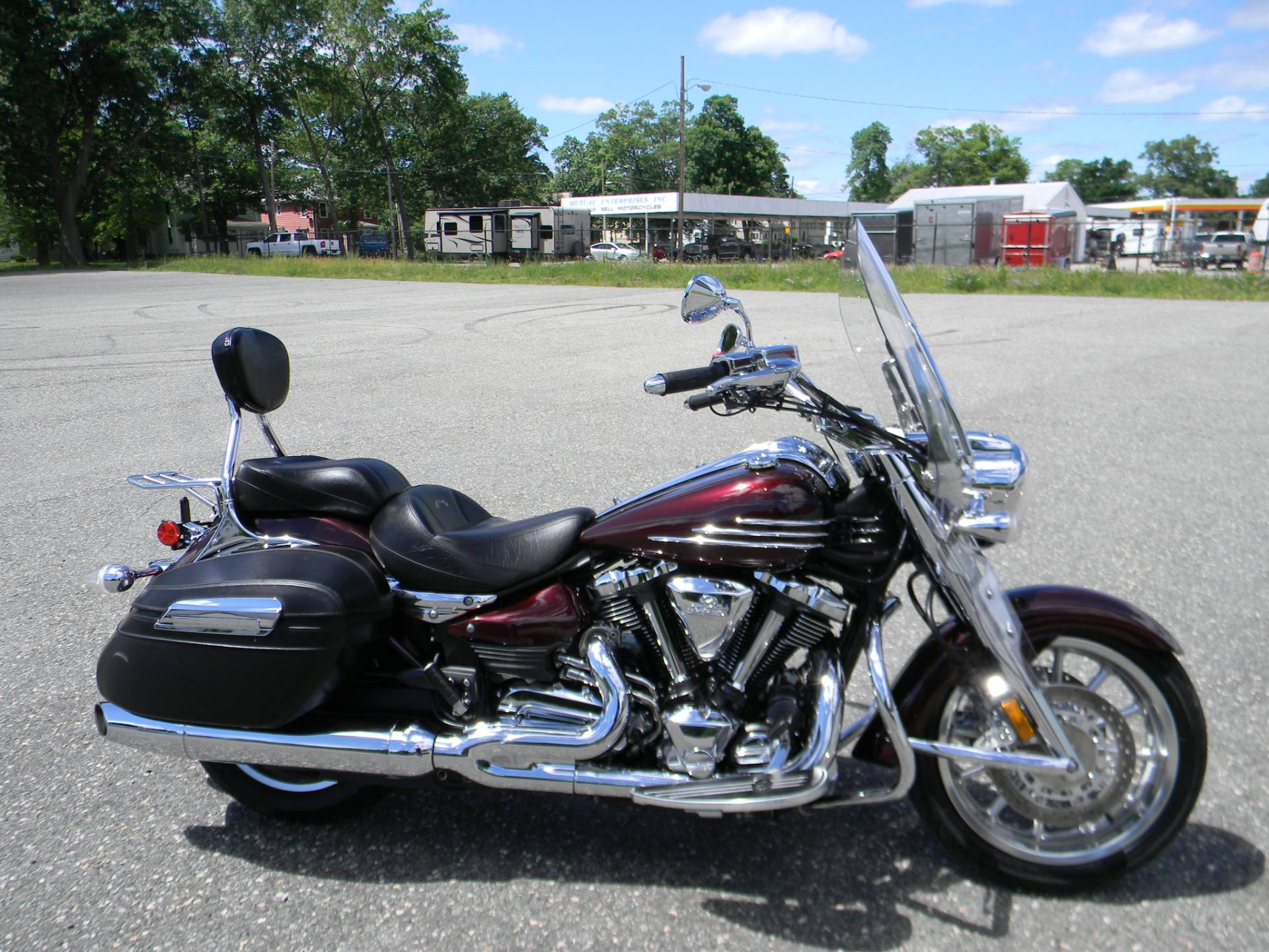 2009 Yamaha Stratoliner S in Springfield, Massachusetts - Photo 1