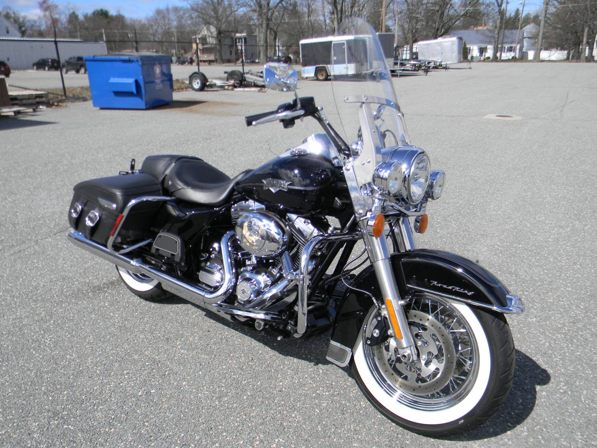 2013 Harley-Davidson Road King® Classic in Springfield, Massachusetts - Photo 2