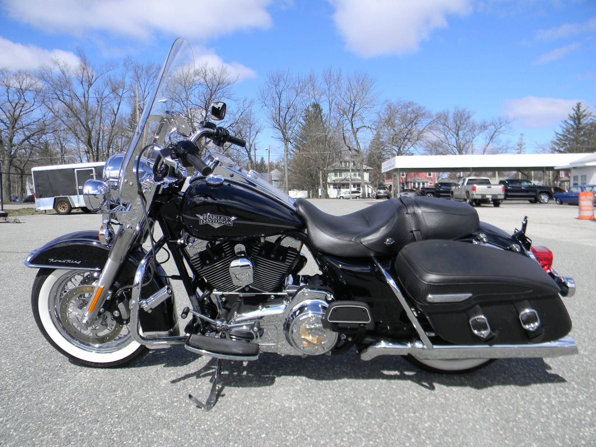 2013 Harley-Davidson Road King® Classic in Springfield, Massachusetts - Photo 6