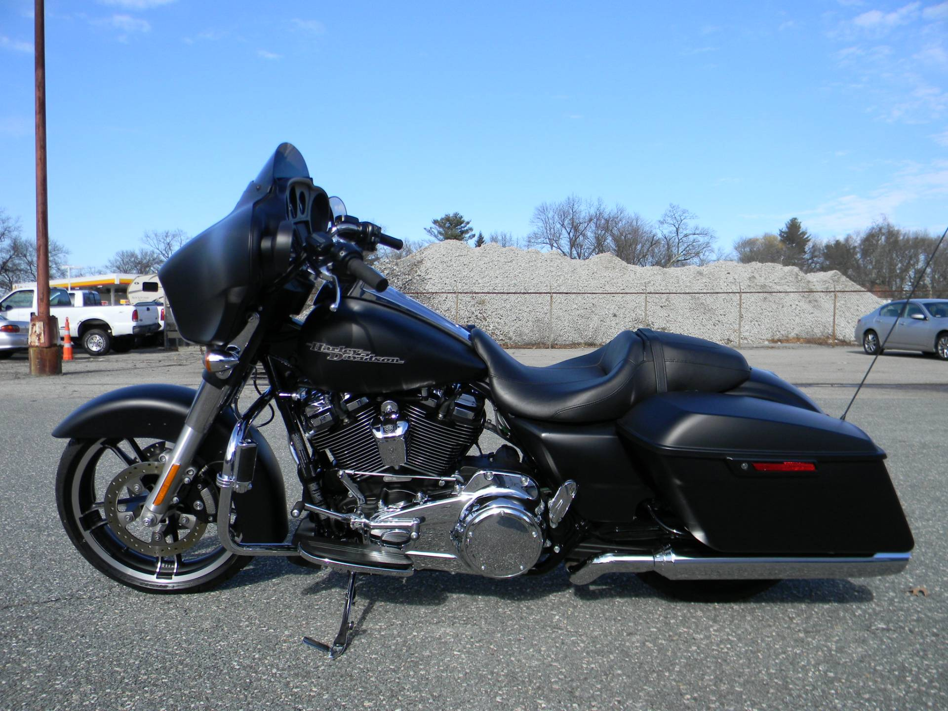 2017 Harley-Davidson Street Glide® Special in Springfield, Massachusetts