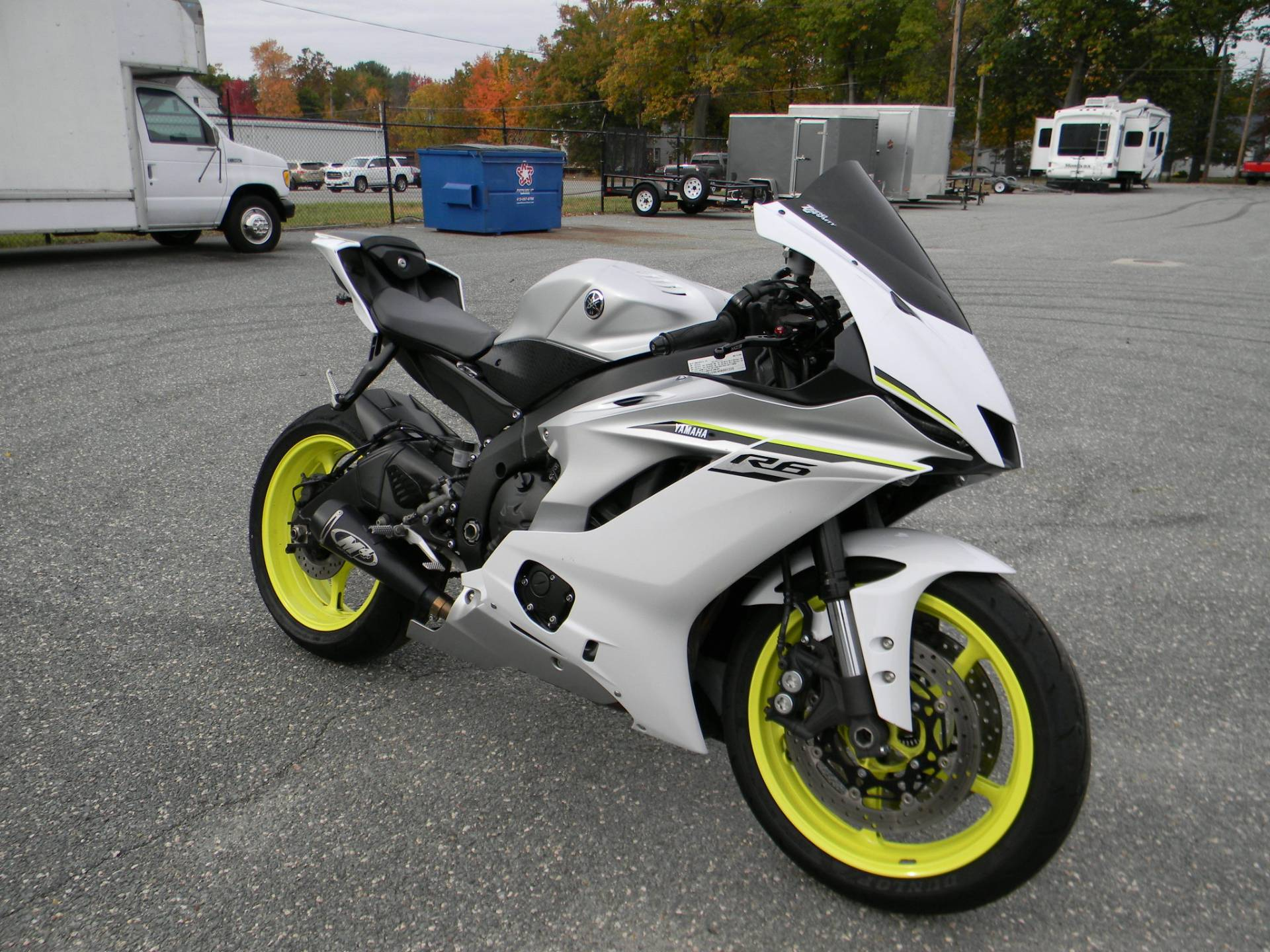 2017 Yamaha YZF-R6 in Springfield, Massachusetts - Photo 2
