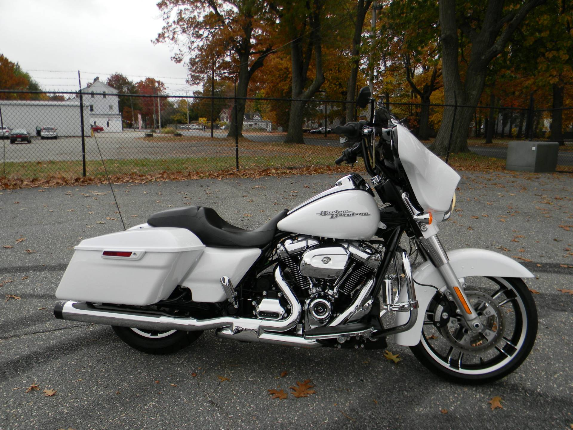 2017 Harley-Davidson Street Glide® Special in Springfield, Massachusetts - Photo 1