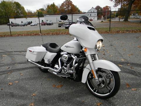 2017 Harley-Davidson Street Glide® Special in Springfield, Massachusetts - Photo 2