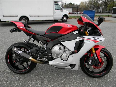 2015 Yamaha YZF-R1 in Springfield, Massachusetts