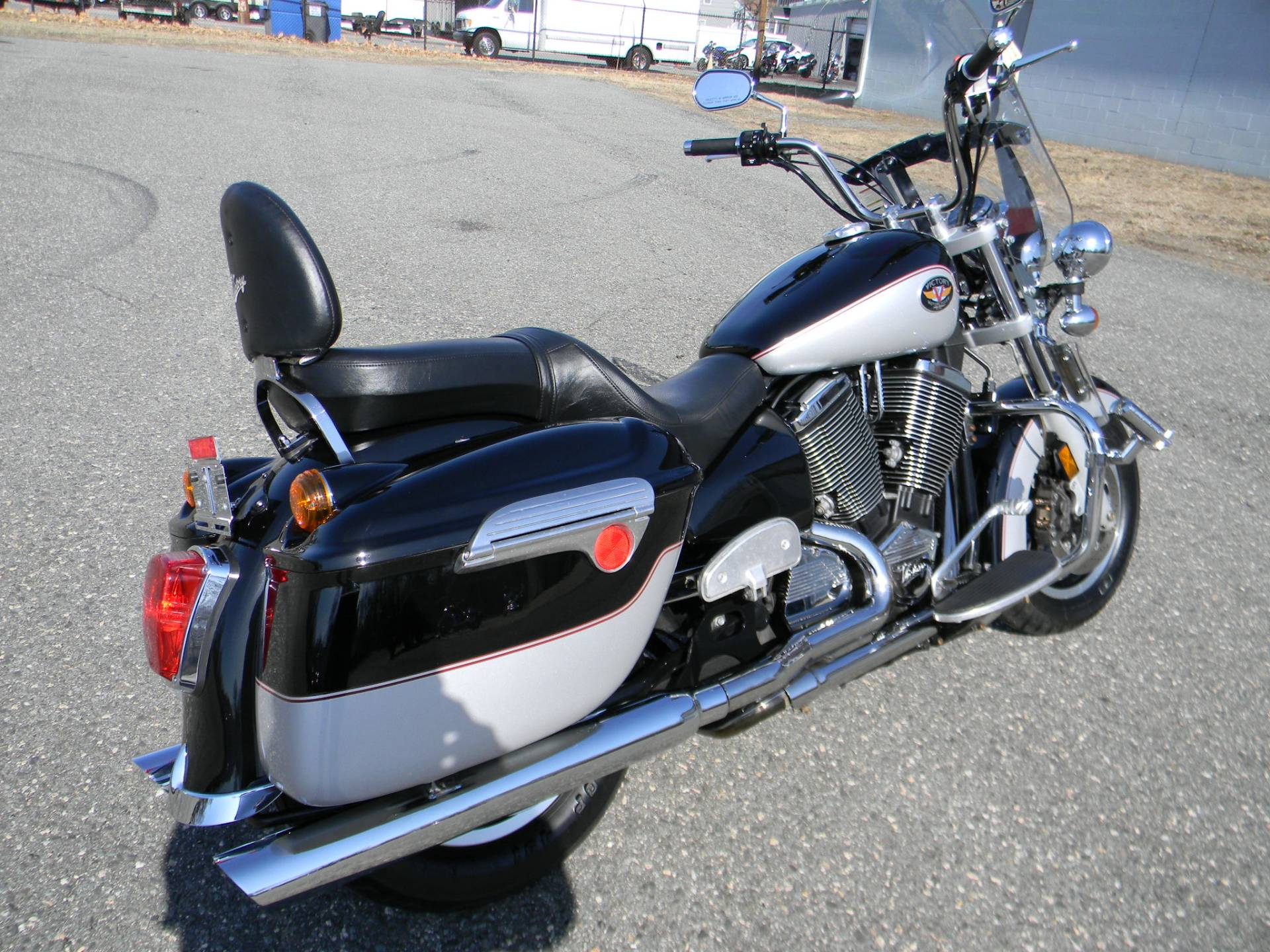 2002 Victory V92TC Deluxe in Springfield, Massachusetts - Photo 3