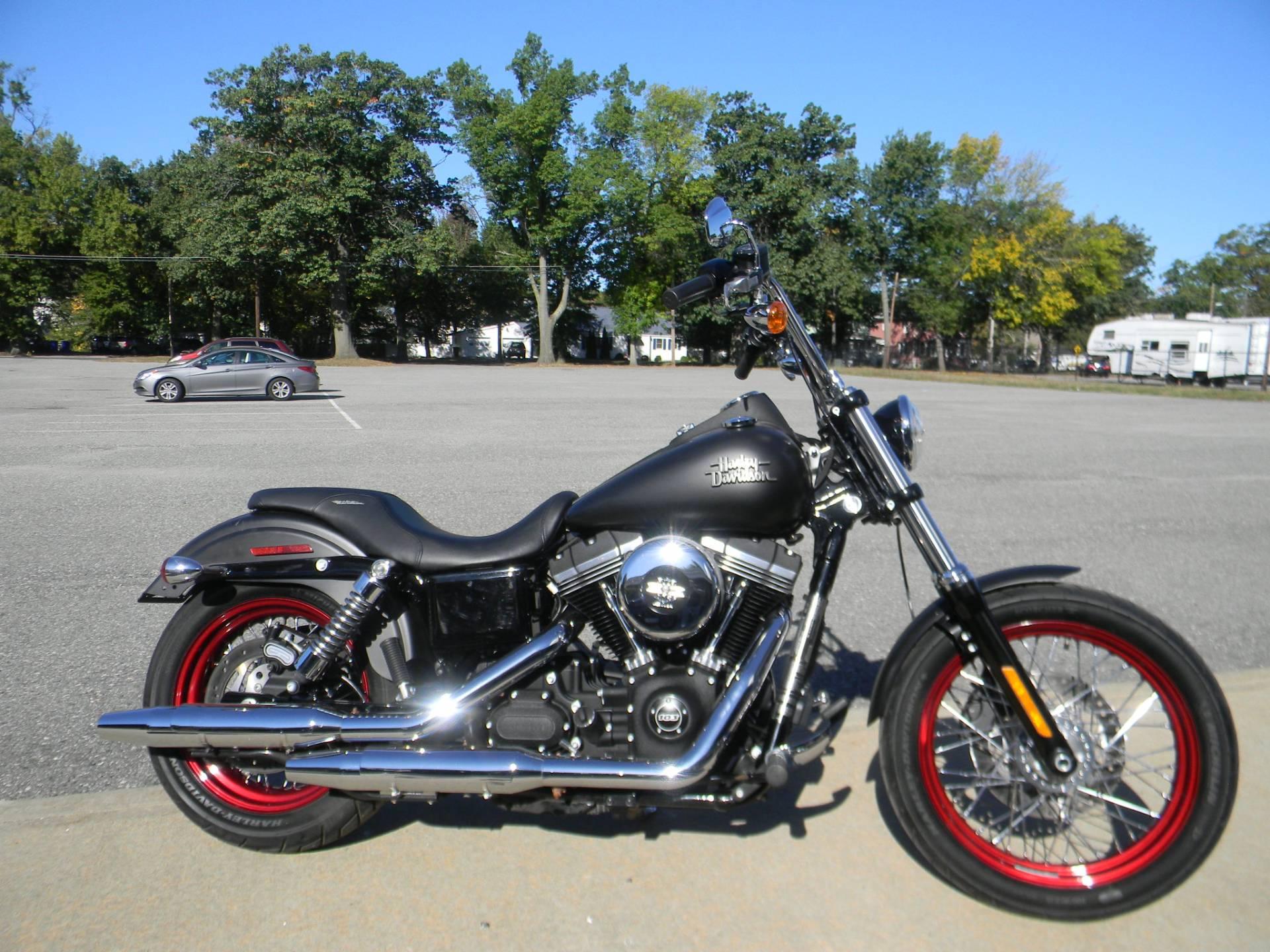 2015 Harley-Davidson Street Bob® Motorcycles Springfield ...