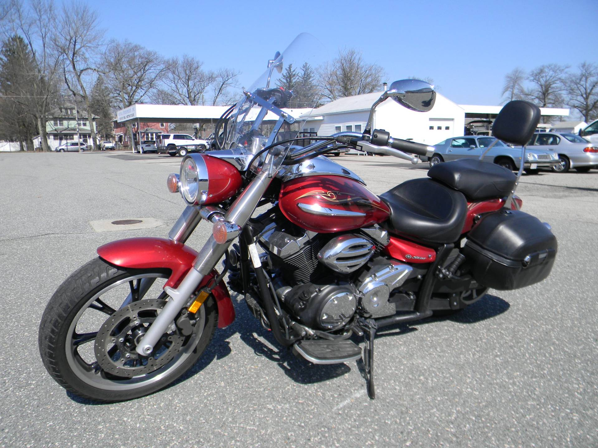 2009 Yamaha V Star 950 in Springfield, Massachusetts