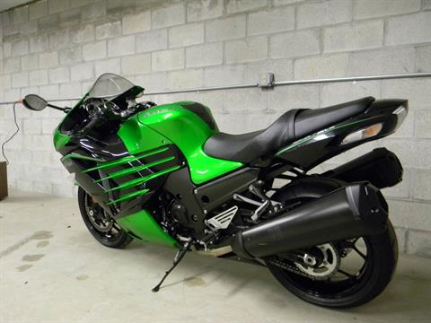 2015 Kawasaki Ninja® ZX™-14R ABS in Springfield, Massachusetts