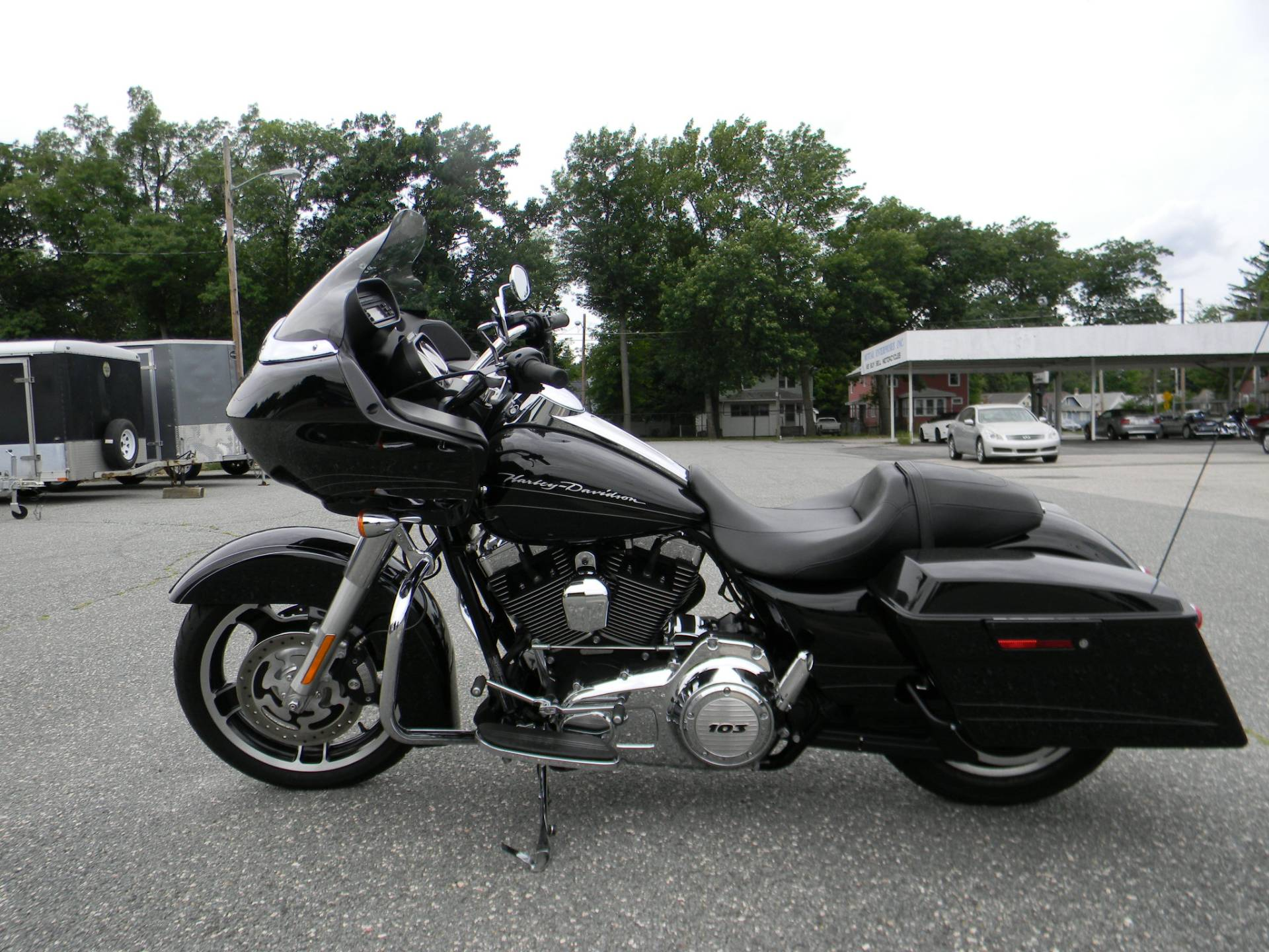 2013 Harley-Davidson Road Glide® Custom in Springfield, Massachusetts