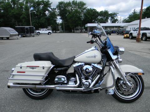 2001 Harley-Davidson FLHP in Springfield, Massachusetts